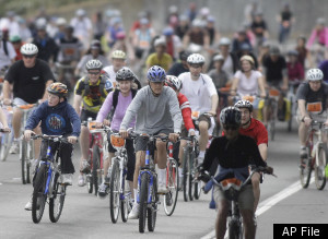 s-BICYCLISTS-large300.jpg
